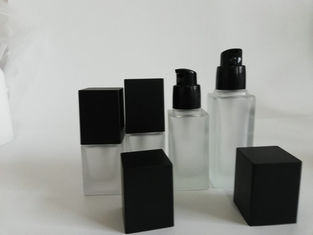 China Liquid Foundation Cosmetic Packaging Set With Screen Printing Surface supplier