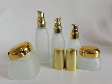 China Customized Size Empty Cream Container , Round Cosmetic Lotion Bottles factory